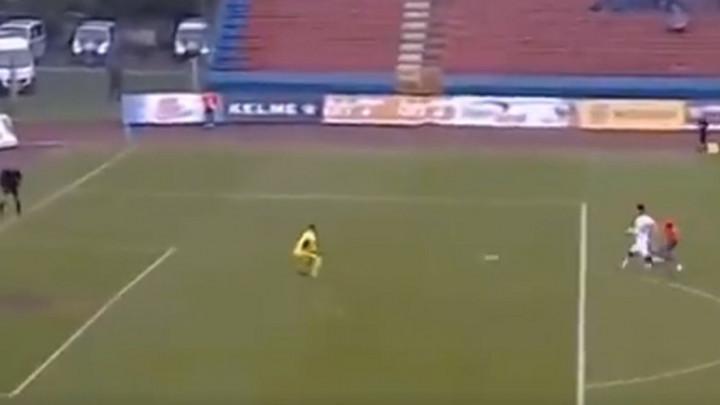 Saša Kajkut šokirao Plave na samom startu meča!