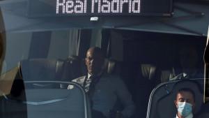 Zidane se s jednim igračem Reala niti se pozdravlja niti ga gleda u oči!