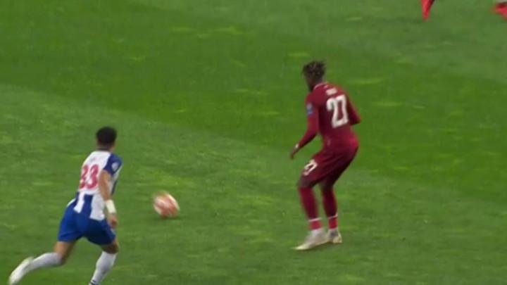 Pepe je i dalje Pepe: Napadač Liverpoola će dugo pamtiti start Portugalca