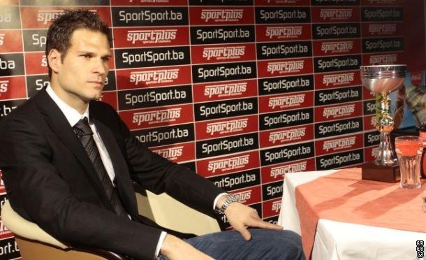 """Asmir Begović """"Idol nacije"""" za sezonu 2012/13!"""