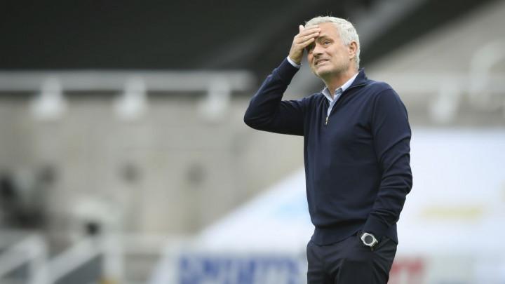 Ovako Mourinho vodi ekipu: Od vas tražim da budete gomila smradova!