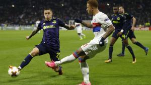 Everton još uvijek uzaludno pokušava da se riješi Muhameda Bešića