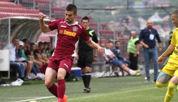 Sušićev Cluj slavio i smanio zaostatak za Steauom