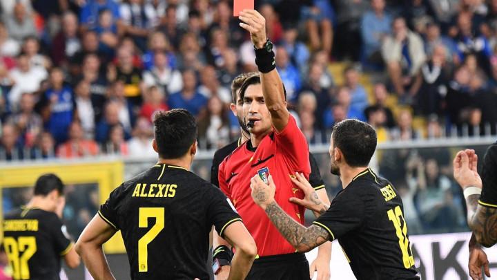 Inter i sa igračem manje stigao do pobjede protiv Sampdorije i zadržao prvo mjesto