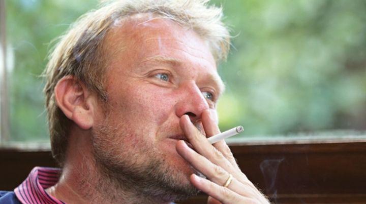 Prosinečki nema namjeru da ostavi cigarete. Uživa u svakom dimu tokom kompletne karijere.